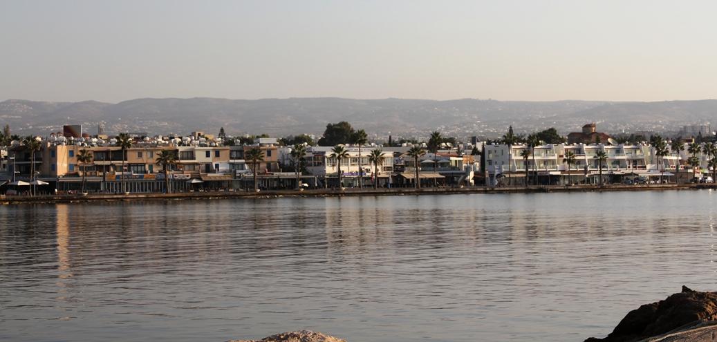 вид с порта на Пафос